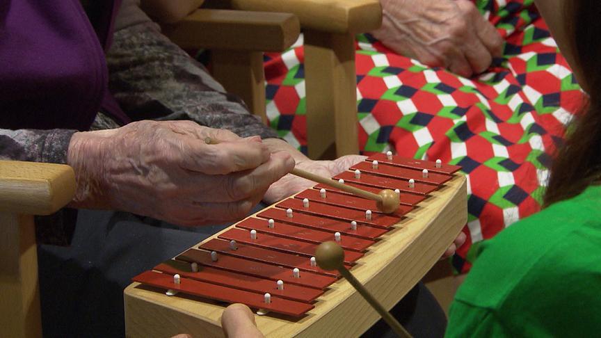 """""""bewusst gesund"""" am 24.2.2018: Musiktherapie – Hilfe bei Demenz"""
