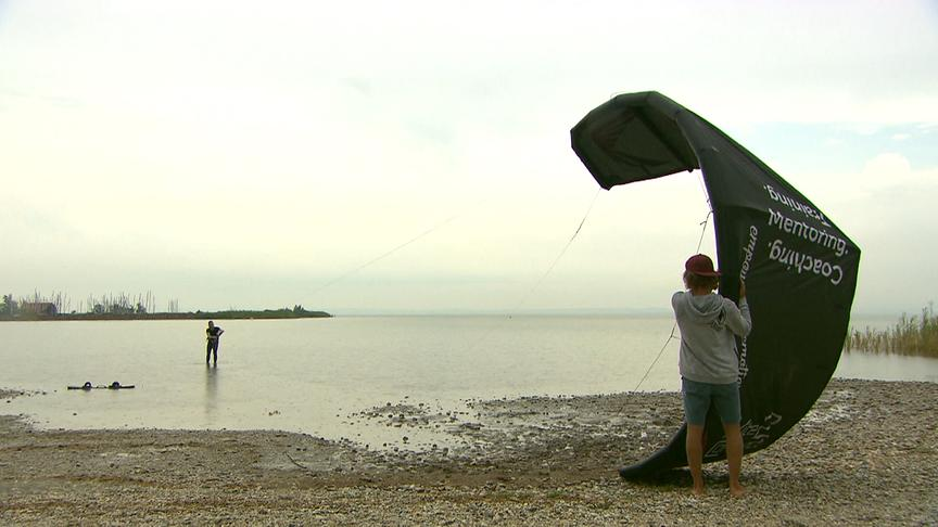 """""""bewusst gesund"""" am 21.9.2019: Kitesurfen – am Wasser zu sich selbst finden"""