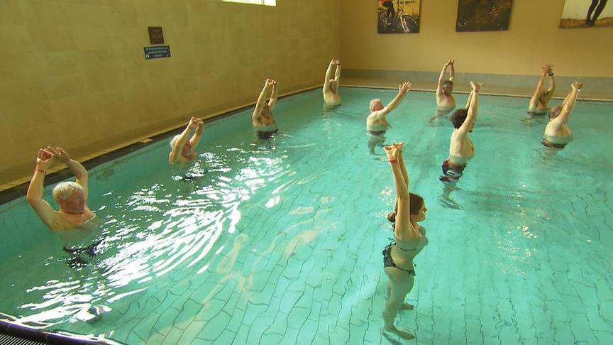 """""""bewusst gesund"""" am 11.7.2020: Kühles Nass - Mit Aquafitness durch den Sommer"""